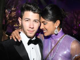 Priyanka Chopra,Madhu Chopra,Nick Jonas,Hollywood