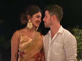 Nick Jonas,Priyanka Chopra Jonas,Hollywood