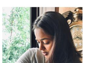 Sameera Reddy shares the first picture of her newborn daughter; Says, 'We prayed for a baby girl'