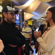 Hina Khan reviews Aamir Khan's Rubaru Roshni and her pictures with Mr. Perfectionist will leave you in awe