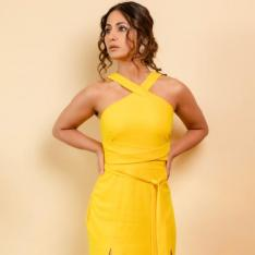 PHOTOS: Hina Khan is little miss sunshine as she stuns in a double slit dress