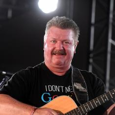 Grammy Award winning country singer Joe Diffie passes away at 61 due to complications caused by Coronavirus
