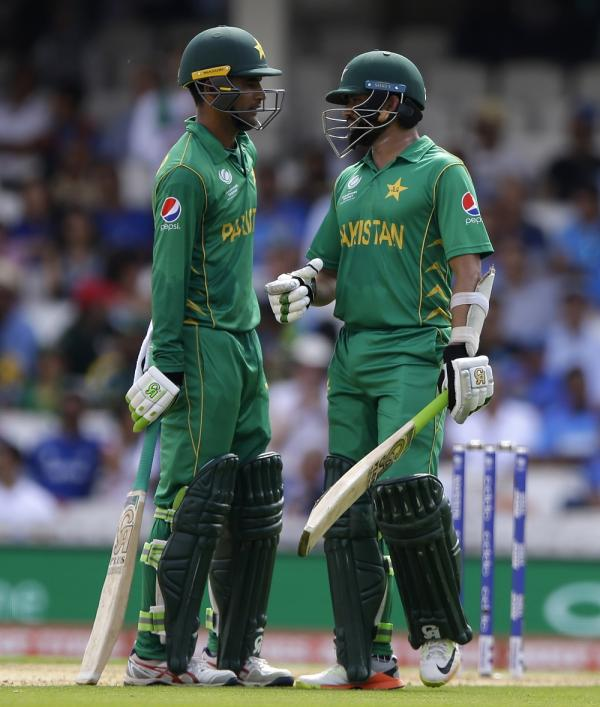While The Champions Trophy Commenced In 1998 India And Pakistan Never Faced Each Other Until 2004 12th Match At Birmingham England