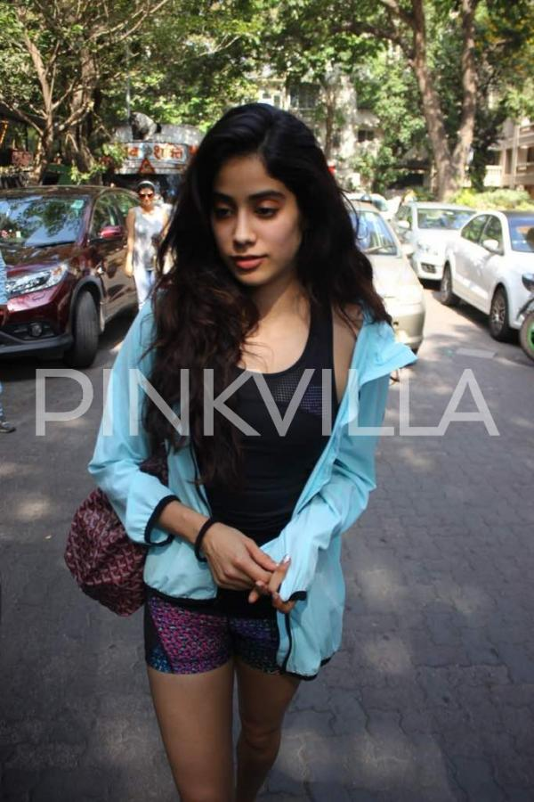 Astonishing In Pics Sridevis Daughter Jhanvi Kapoor Snapped Post A Workout Hairstyles For Women Draintrainus