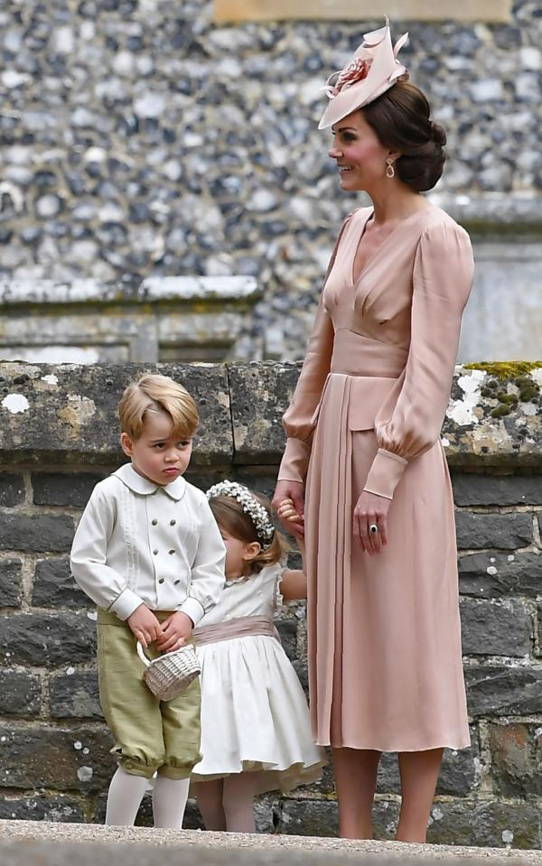 Kate middleton will be wearing this designer for prince for Kate middleton wedding dress where to buy