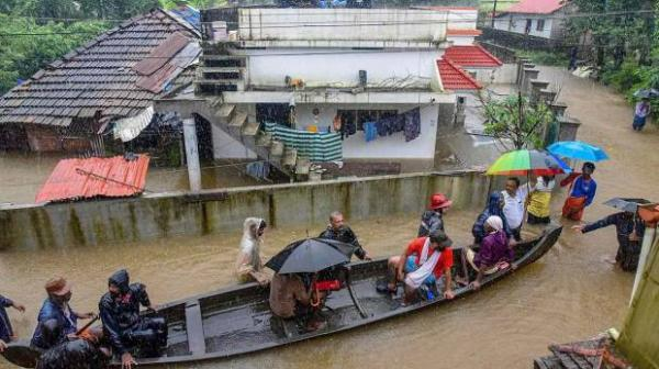 Kerala Floods How To Contribute To Cm S Distress Relief