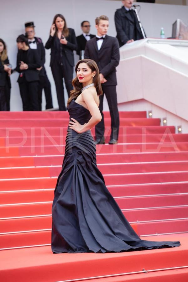 Cannes 2018: Mahira Khan dazzles on the red-carpet in an ...