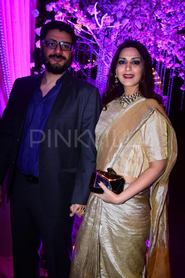 Madhuri Dixit Sonali Bendre Govinda And Others Attend A Wedding