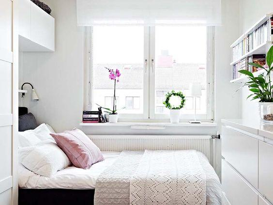 With the right design tips and techniques  you can turn your small space  into a dreamy retreat that will be your favourite place in the world. Home Decor  10 hacks for a tiny bedroom   PINKVILLA