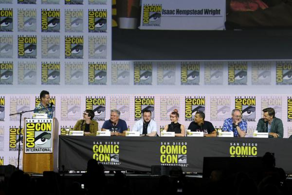Comic Con: Nikolaj Coster-Waldau Cops Boos For Defening 'Thrones' End