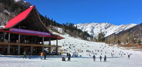 manali-2035750_640 Need to go Snowboarding? THESE are the locations in India that you need to go to