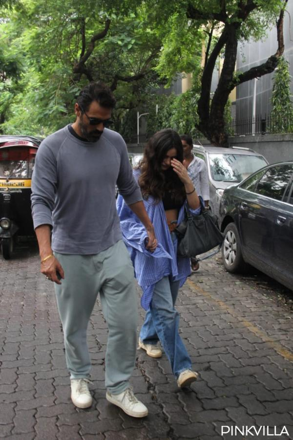 photo-2019-09-08-17-07-58 PHOTOS: Arjun Rampal and Gabriella Demetriades get papped as they step out within the metropolis