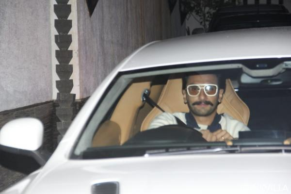 photo-2019-09-15-18-58-27 PHOTOS: Deepika Padukone makes a classy look; Ranveer Singh will get papped within the metropolis