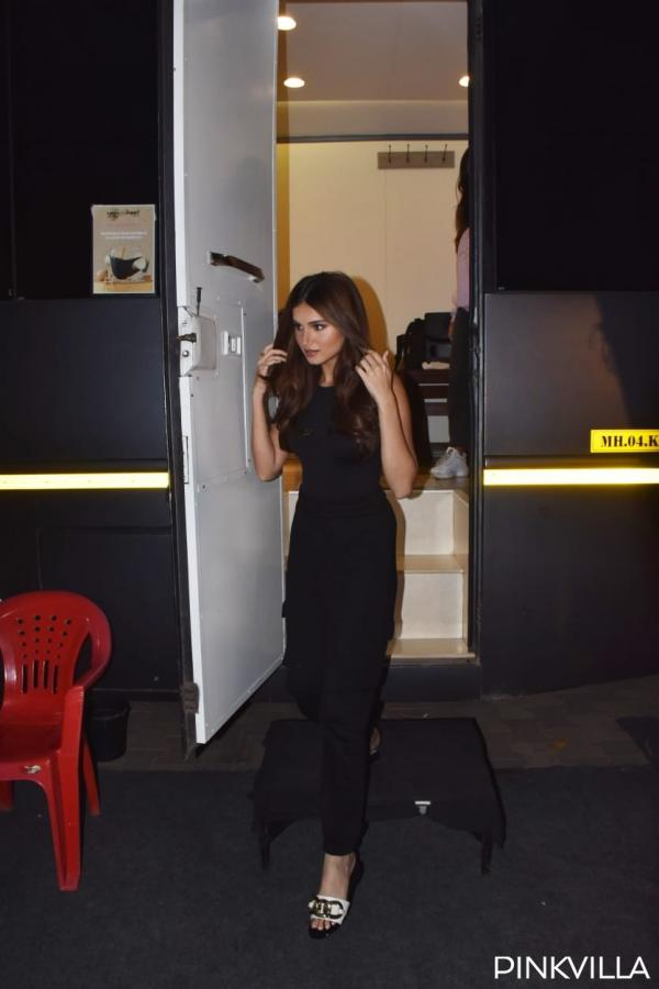 , PHOTOS: Tara Sutaria looks stunning in all black dress as she steps out of her vanity van for shoot, Indian & World Live Breaking News Coverage And Updates