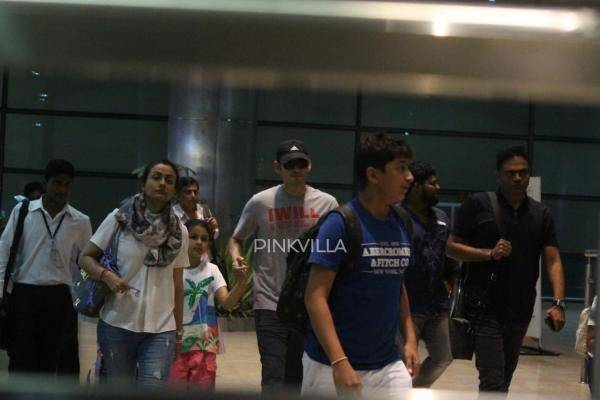 Airport Diaries: Mahesh Babu returns from Kashmir with wife