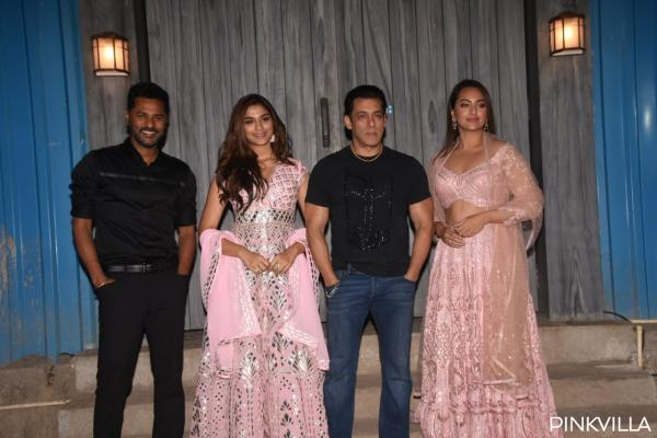 whatsapp_image_2019-12-06_at_11.06.42_pm PHOTOS: Salman Khan welcomes group Dabangg three on the units of Bigg Boss 13 for promotions