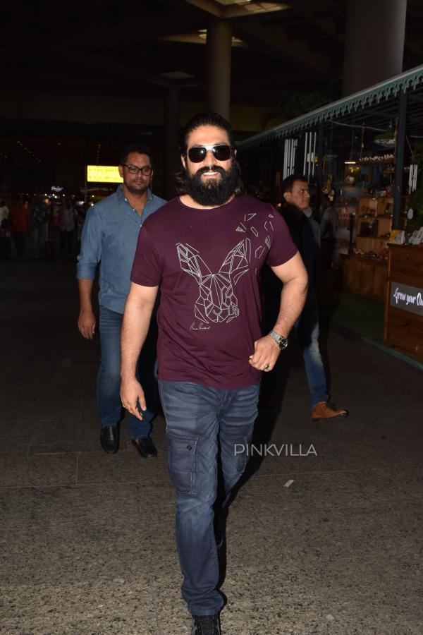 Photos: KGF star Yash spotted in a new stylish look at ...
