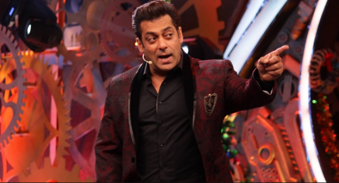 Bigg Boss 12 First Week REVIEW: With rehashed task & disinterested
