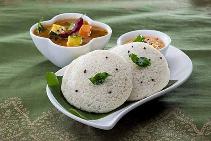 Love Idlis? Here's why Idli is the healthiest snack option that you can consume guilt free
