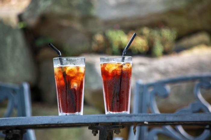 Love Coffee? HERE's how iced coffee and cold brew are different from each other