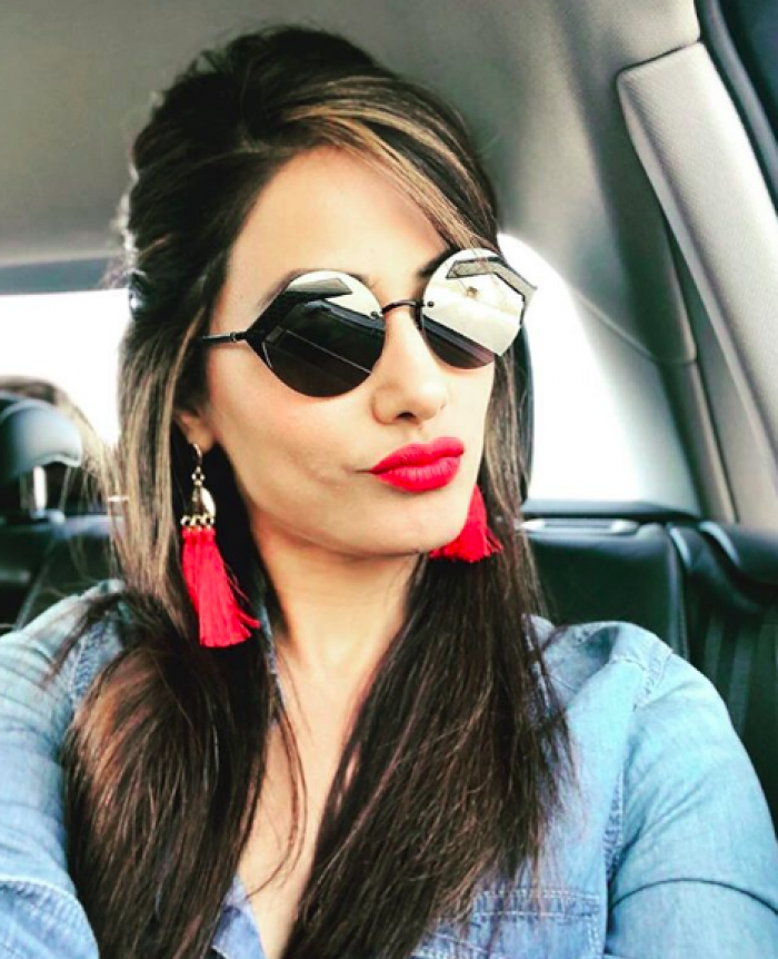 Hina Khan S Pout Game Is On Point In This Photo Check Out Pinkvilla