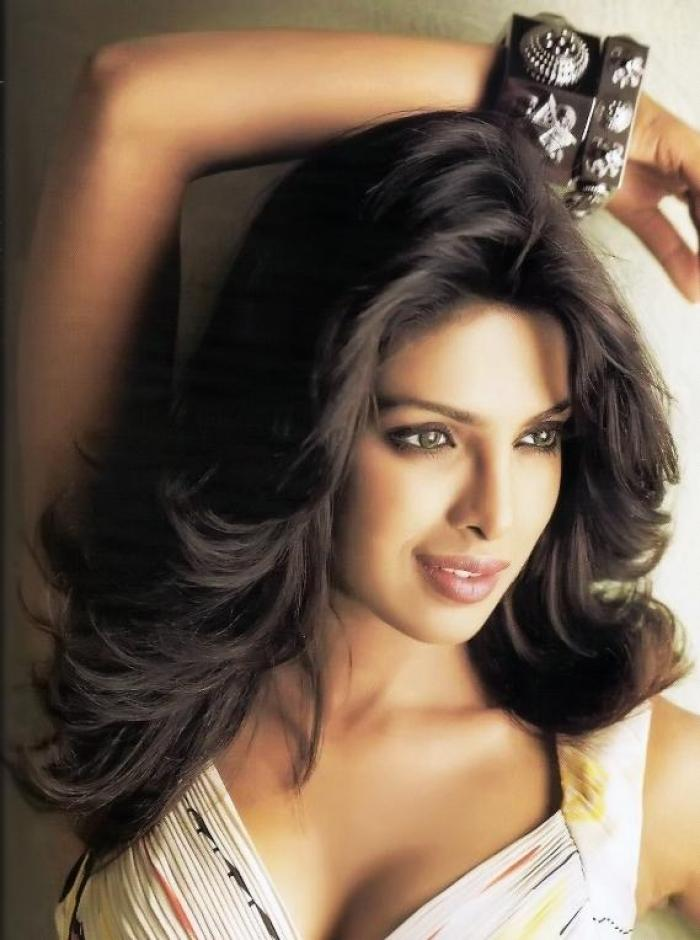 Priyanka Chopra S Hairstyles Over The Years Pinkvilla