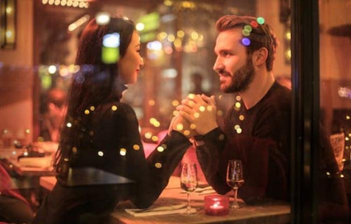 First date coming up? THESE are the questions that you should avoid asking on the first date