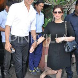 Photos: Akshay Kumar takes wife Twinkle Khanna out on a lunch date!