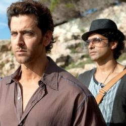 Is there bad blood brewing between friends Hrithik and Farhan because of Raees-Kaabil clash?