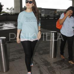 Airport Diaries: Kareena's quoted tee will make you relate to her even more!