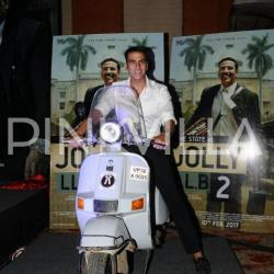 In Pics: Akshay Kumar interacts with media after Jolly LLB 2's success!