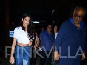 IN PICS: Janhvi Kapoor dines out with Boney Kapoor, Khushi Kapoor, Anshula Kapoor, and Rajkumar Santoshi