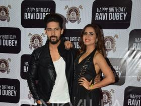 Check out: Sargun Mehta hosts a pre birthday bash for hubby Ravi Dubey