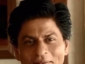 SRK posts video wishing on Eid!