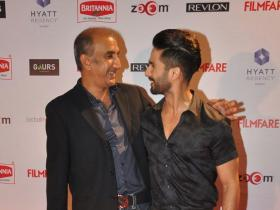 Milan Luthria signs Shahid Kapoor for his next!