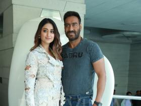 Ajay Devgn REVEALS the most annoying habit of Ileana D'Cruz and it will leave you in splits