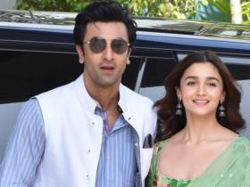 PHOTOS: Lovebirds Alia Bhatt and Ranbir Kapoor are all HEARTS for each other; Check out their adorable moments