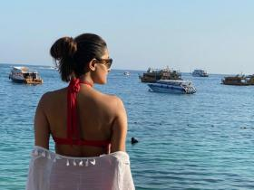 Anita Hassanandani is a travel junkie and THESE pictures are a proof