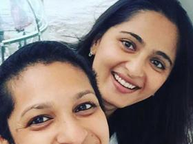 Anushka Shetty looks beautiful sans make up in THESE pictures; Check them out