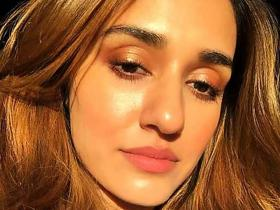 Disha Patani REVEALS the secret behind her glowing skin; Find out