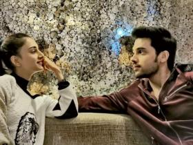 Erica Fernandes: Parth Samthaan to Vikas Gupta; Check out link up rumours of the Kasautii Zindagii Kay star