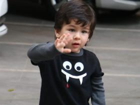 Happy Birthday Taimur Ali Khan: THESE photos of the little munchkin waving at paparazzi are beyond adorable