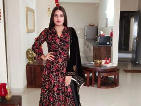 Himanshi Khurana\'s 8 gorgeous desi looks will give you the style inspiration for this wedding season