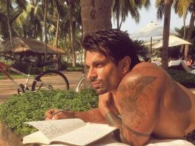 PHOTOS: Kasautii Zindagii Kay\'s Karan Singh Grover\'s different avatars will make you go weak on your knees