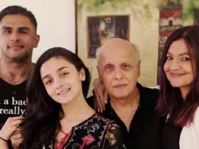 Happy Birthday Mahesh Bhatt: Check out the photos of the ace director with Alia Bhatt, Pooja, Shaheen, Rahul