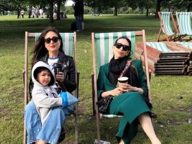 PHOTOS: Kareena Kapoor Khan & sister Karisma Kapoor are on vacay mode & will give you major travel goals