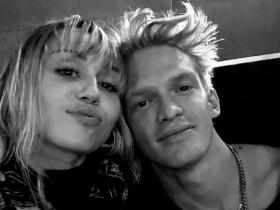 Miley Cyrus and Cody Simpson\'s THESE romantic selfies are all things love; Check it out