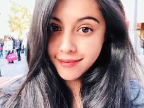 Mithun Chakraborty\'s daughter Dishani is a stunner and THESE photos of the star kid are hard to miss