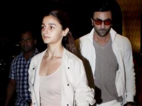 Airport Diaries: Alia and Ranbir to Deepika and Ranveer; 6 times B town couples were twinning