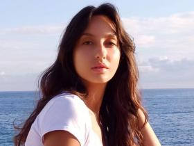 PHOTOS: Nora Fatehi\'s beauty in THESE looks sans makeup will leave you mesmerised; Check it out